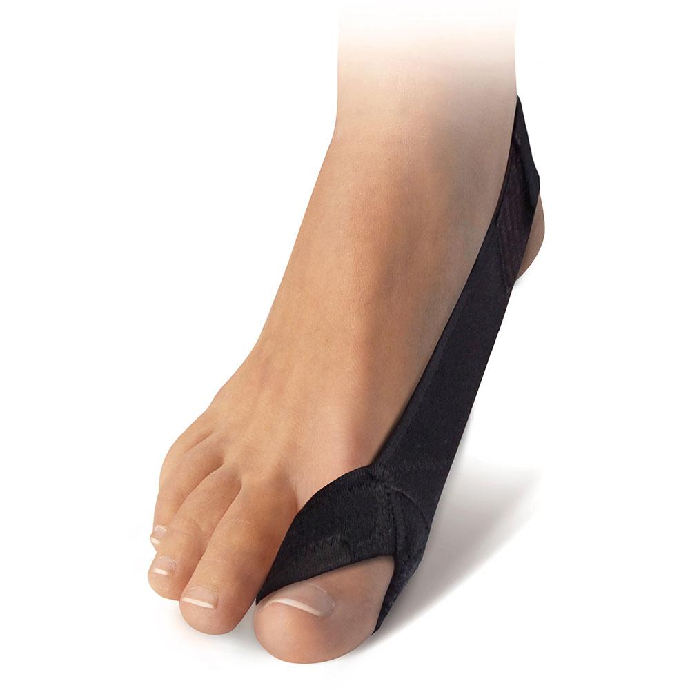 Ausgestattet mit einer weichen, ergonomisch geformten Zehenschlaufe sowie einem weichen, elastischen Zugband, bietet die Korrekturschlaufe einen angenehmen Tragekomfort.