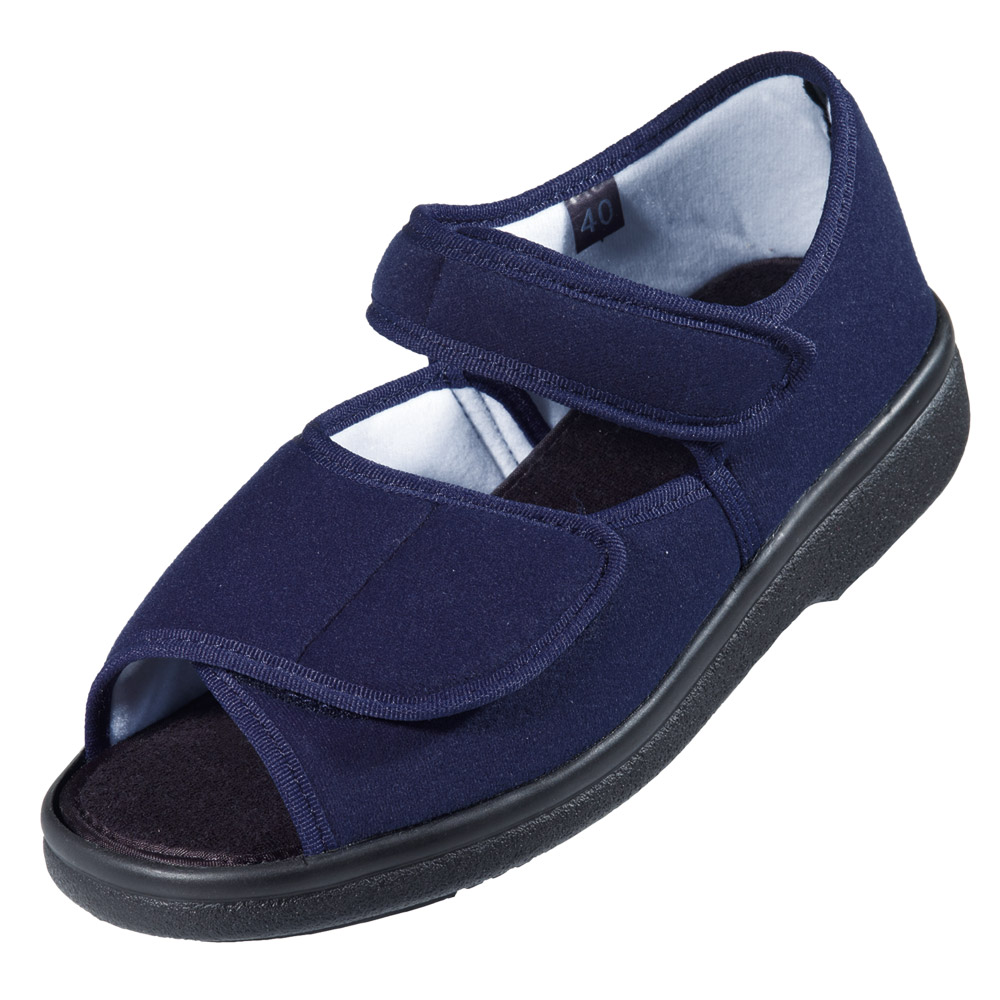 Offener Zehenbereich und SoftStep-Sohle für ein Maximum an Lauf- und Tragekomfort.