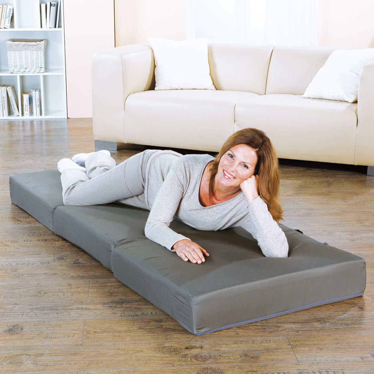 Die perfekte Gästematratze für entspanntes Liegen und komfortablen Schlaf.