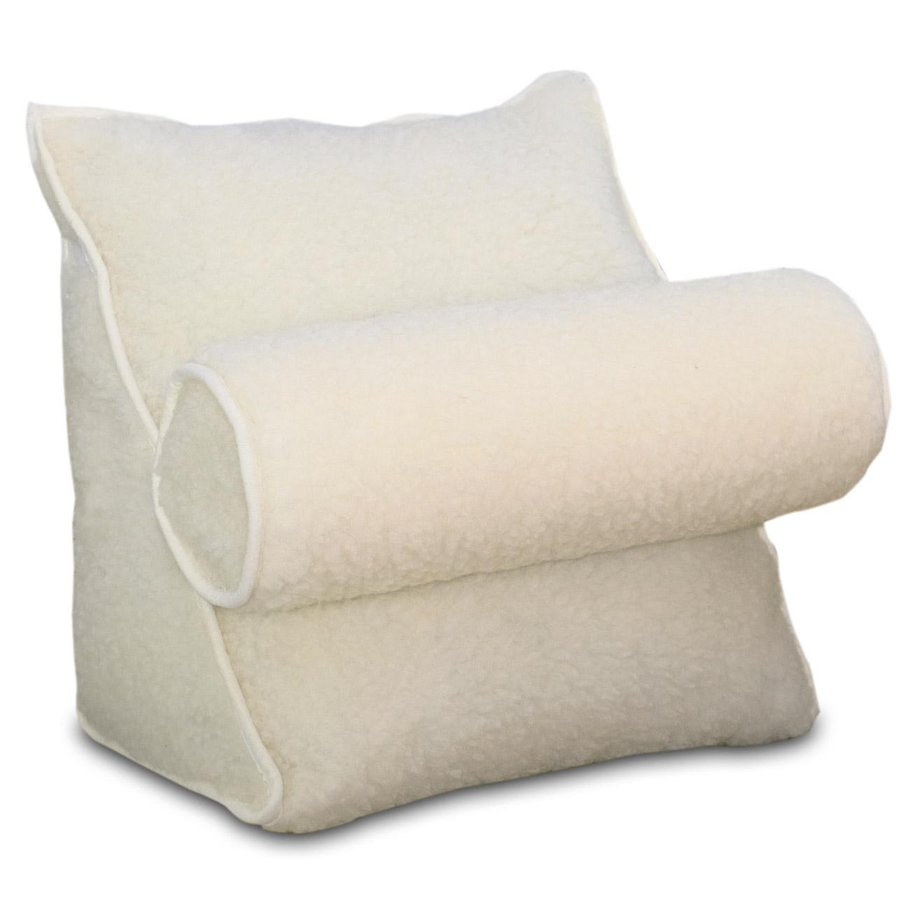 Mit dem Klettband können Sie die Nackenrolle in 3 unterschiedlichen Position am Kissen befestigen.