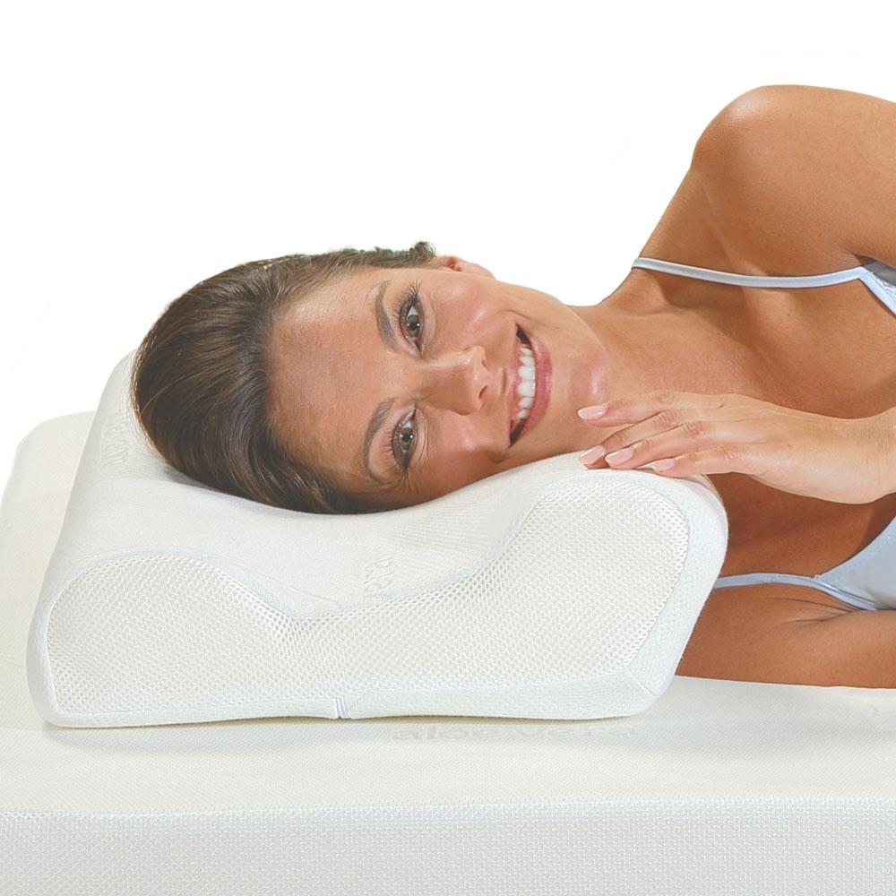 Das aktivmed Best-Schlaf Seitenschläfer-Kopfkissen bietet Kopf und Nacken idealen Halt - so gehören Verspannungen und Kopfschmerzen durch das falsche Kissen der Vergangenheit an.