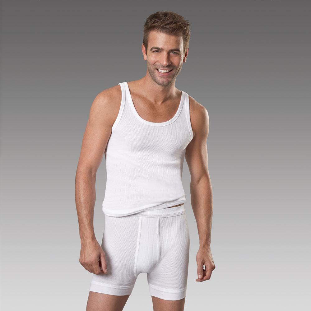 Formstabile Feinripp-Shorts aus natürlicher Baumwolle.